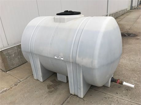 500 Gallon Water Tank >> Dupont Pioneer Equipment Sales Pvc Water Tank 500 Gallon
